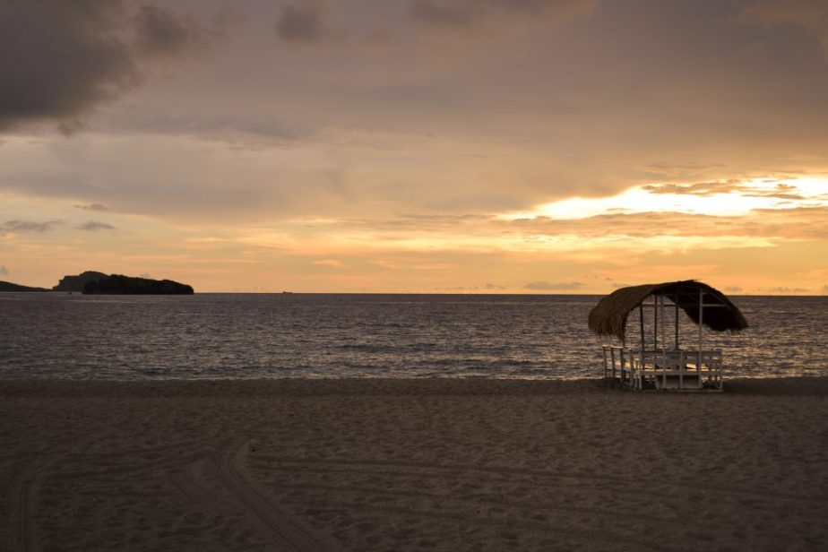 Capones-Island-Zambales-Philippines-by-nightowl-digital-photography-and-designs