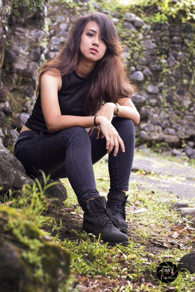 messy-hair-+-full-black-outfit-=-drop-dead-by-nightowl-digital-photography-and-designs-portrait