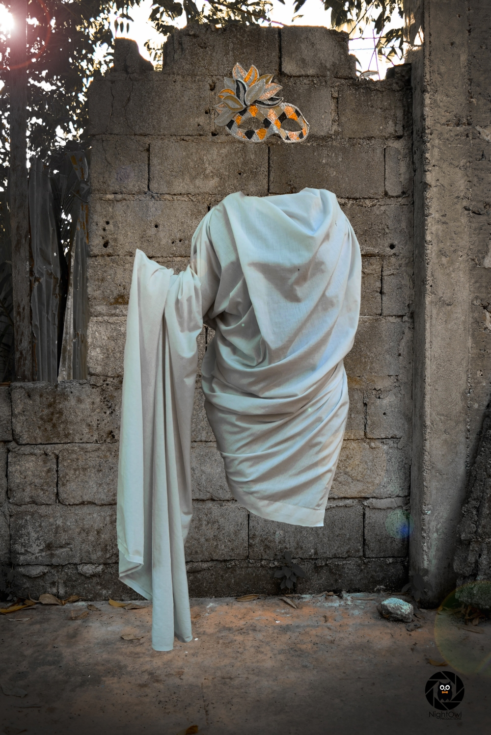 nightowl-productions-defying-gravity-Hallow-Blanket-and-Mask
