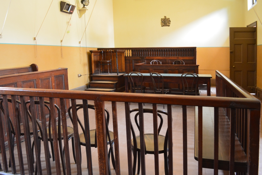 old-style-trial-court