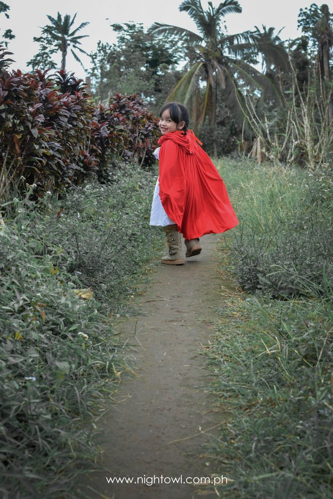 Little-Red-Riding-Hood-by-NightOwl-Digital-Photography-and-Designs (5)